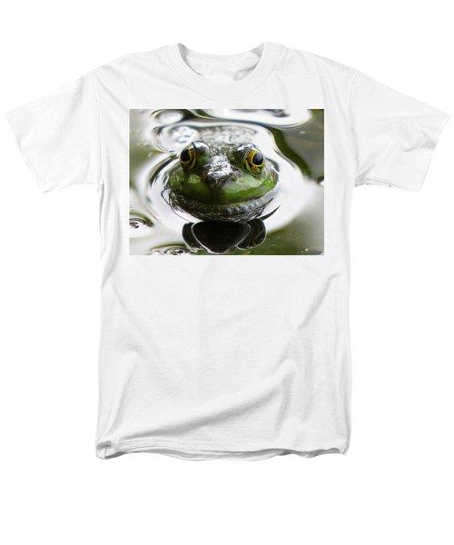 Men's T-Shirt  (Regular Fit) featuring the photograph Frog Kiss by Dianne Cowen