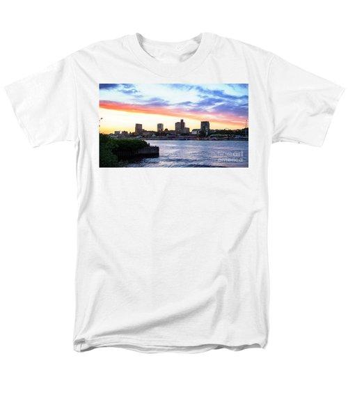Hamburg Riverside Men's T-Shirt  (Regular Fit) by Daniel Heine