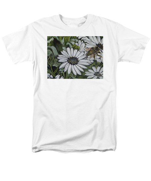 Honeybee Taking The Time To Stop And Enjoy The Daisies Men's T-Shirt  (Regular Fit) by Kimberlee Baxter