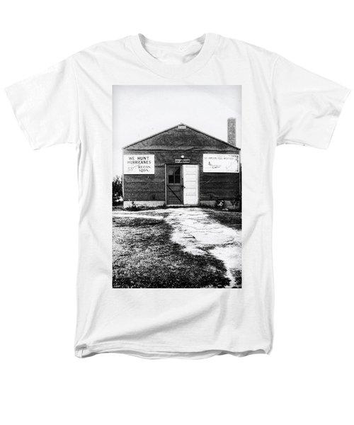 Hurricane Hunters Outbuilding In Alaska Men's T-Shirt  (Regular Fit) by Vizual Studio
