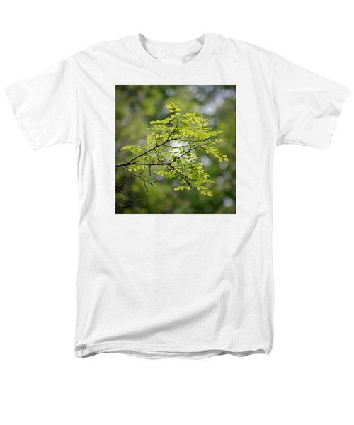 Men's T-Shirt  (Regular Fit) featuring the photograph In The Green by Kerri Farley