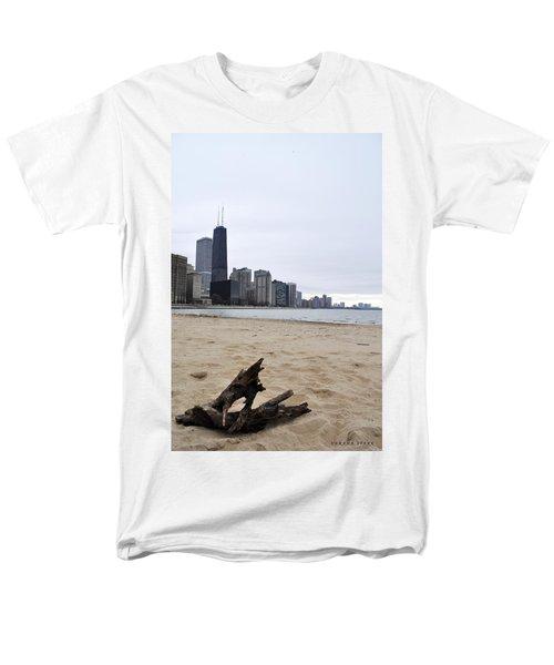 Love Chicago Men's T-Shirt  (Regular Fit) by Verana Stark