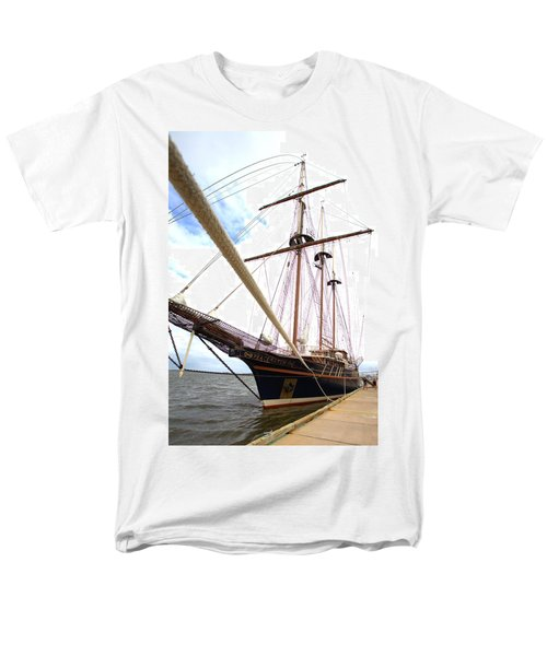 Men's T-Shirt  (Regular Fit) featuring the photograph Peacemaker by Gordon Elwell