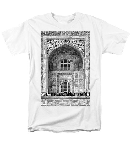 Taj Mahal Close Up In Black And White Men's T-Shirt  (Regular Fit) by Amanda Stadther