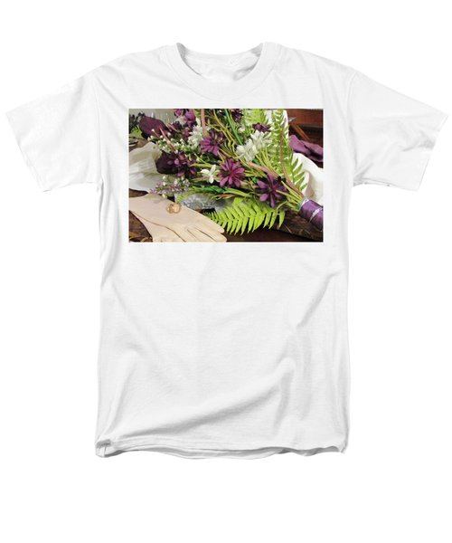 Men's T-Shirt  (Regular Fit) featuring the photograph The Bride To Be by Cynthia Guinn