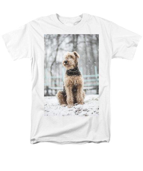 The Dog Under The Snowfall Men's T-Shirt  (Regular Fit)