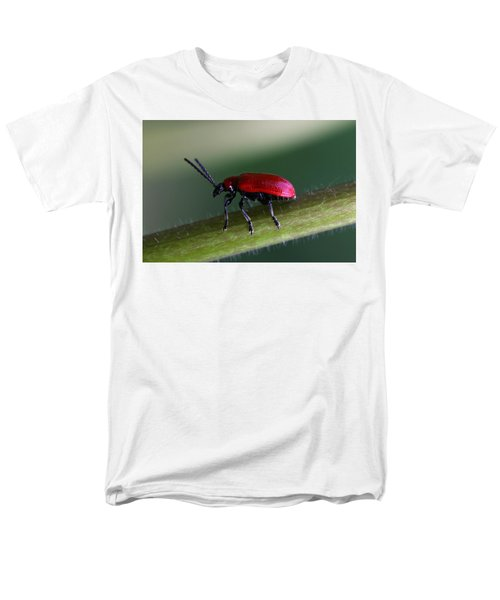 Men's T-Shirt  (Regular Fit) featuring the photograph Under Way by Annie Snel