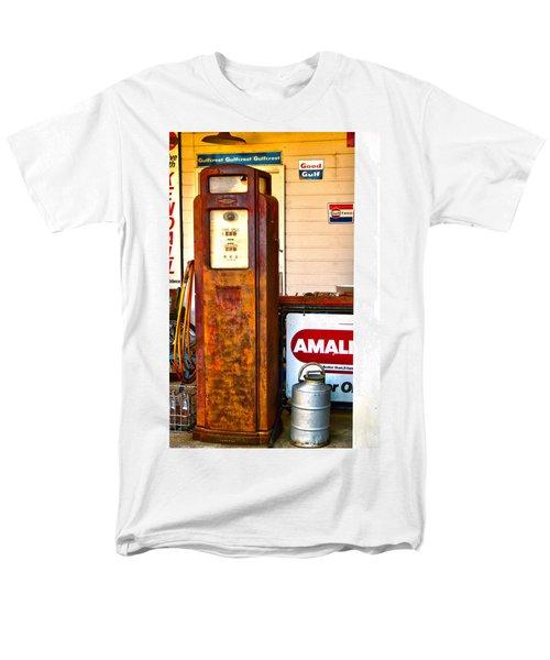 Men's T-Shirt  (Regular Fit) featuring the photograph Vintage Bassett Gas Pump   by Lesa Fine