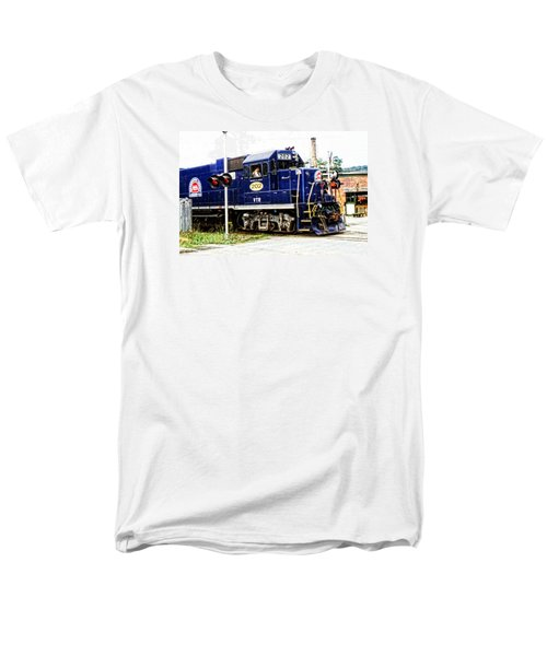 Men's T-Shirt  (Regular Fit) featuring the photograph Washington County Railroad by Mike Martin