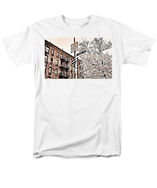 Winter In The Bronx Men's T-Shirt  (Regular Fit)