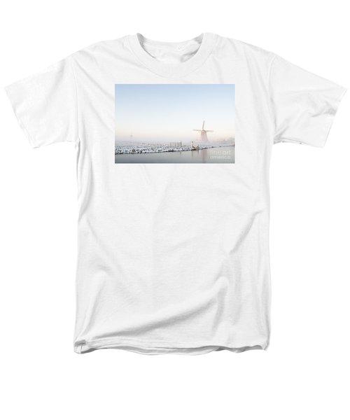 Winter Windmill Landscape In Holland Men's T-Shirt  (Regular Fit)