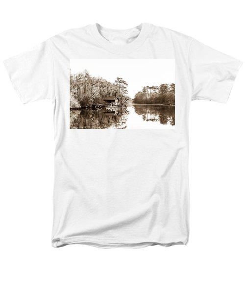 Men's T-Shirt  (Regular Fit) featuring the photograph Florida by Shannon Harrington