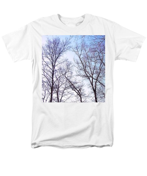 Men's T-Shirt  (Regular Fit) featuring the photograph Through To Heaven by Pamela Hyde Wilson