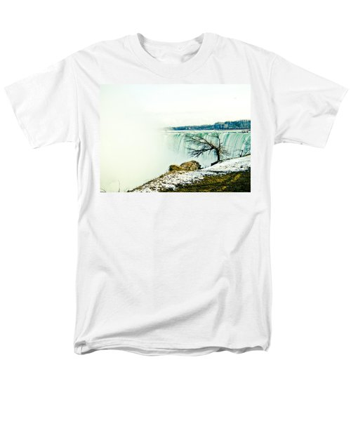 Men's T-Shirt  (Regular Fit) featuring the photograph Wonder by Sara Frank