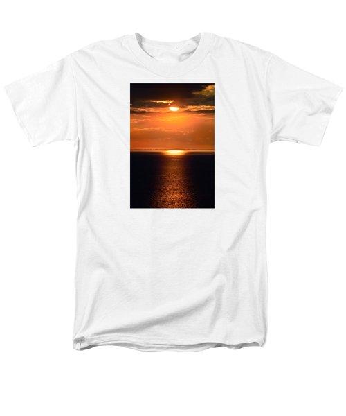Sun Down Men's T-Shirt  (Regular Fit) by Terence Davis