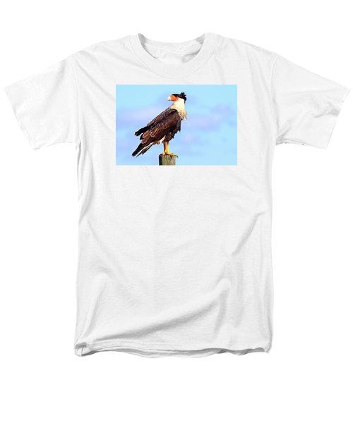 Crested Caracara Men's T-Shirt  (Regular Fit)