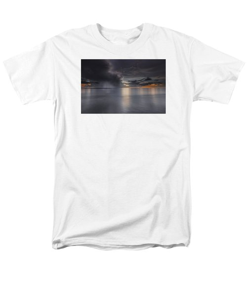 Sunst Over The Ocean Men's T-Shirt  (Regular Fit) by Peter Lakomy