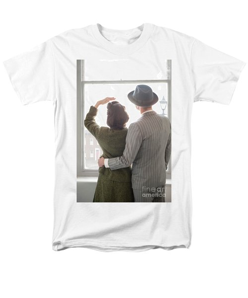 1940s Couple At The Window Men's T-Shirt  (Regular Fit) by Lee Avison