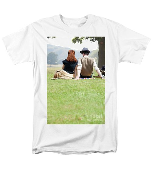 1940s Couple Sitting In The Sunshine Men's T-Shirt  (Regular Fit) by Lee Avison