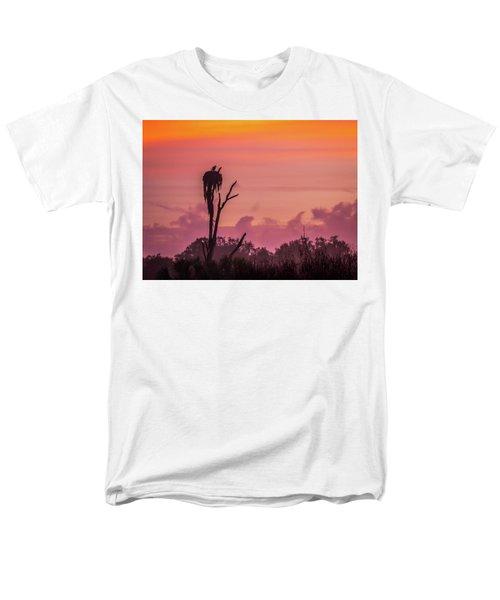 A Birdie Morning Men's T-Shirt  (Regular Fit)