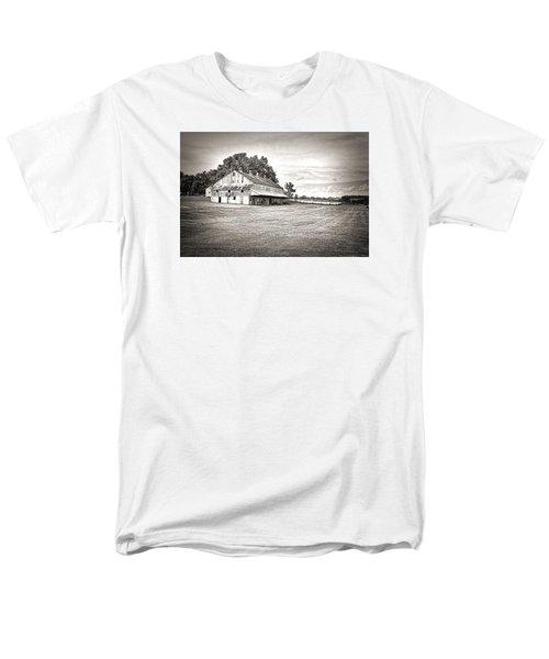 Amana Colonies Farm House Men's T-Shirt  (Regular Fit)