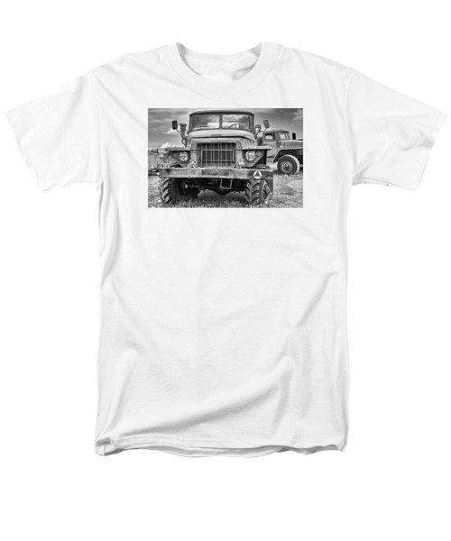 Angry Grandpa Men's T-Shirt  (Regular Fit) by Tgchan