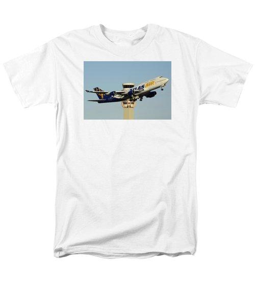 Atlas Boeing 747-446 N465mc Phoenix Sky Harbor January 3 2015 Men's T-Shirt  (Regular Fit) by Brian Lockett