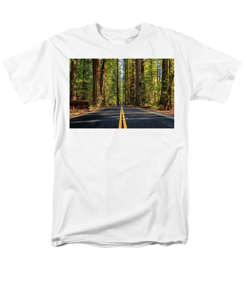Avenue Of The Giants Men's T-Shirt  (Regular Fit) by James Eddy