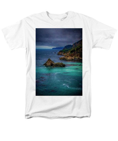 Men's T-Shirt  (Regular Fit) featuring the photograph Big Sur Coastline by Joseph Hollingsworth