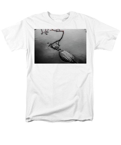 Black Gator Men's T-Shirt  (Regular Fit) by Josy Cue