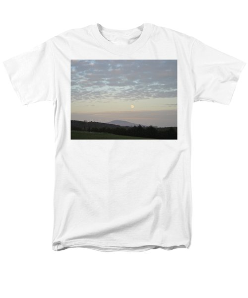 Men's T-Shirt  (Regular Fit) featuring the photograph By The Rising Of The Moon by Suzanne Oesterling