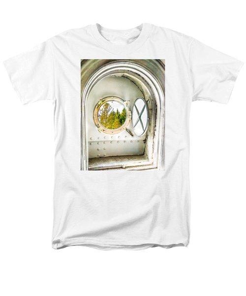 Cana View Men's T-Shirt  (Regular Fit)