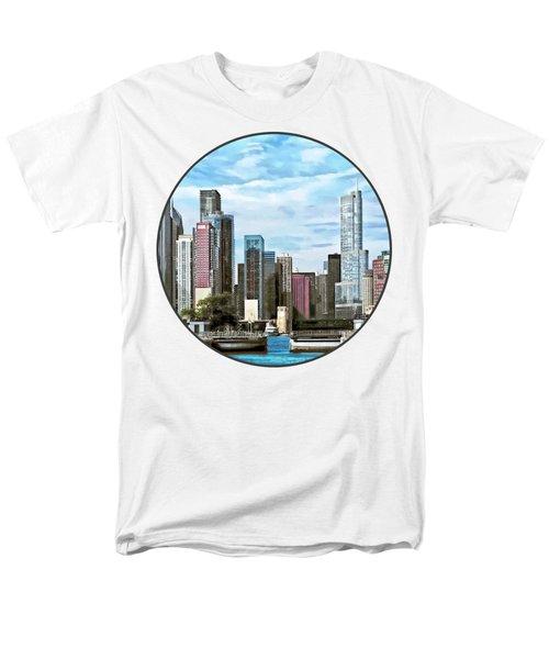 Chicago Il - Chicago Harbor Lock Men's T-Shirt  (Regular Fit) by Susan Savad