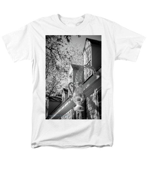 Chowning Men's T-Shirt  (Regular Fit)