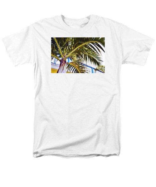 Coconut Cover Men's T-Shirt  (Regular Fit)