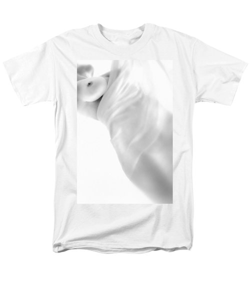 Covering The Body Men's T-Shirt  (Regular Fit) by Evgeniy Lankin