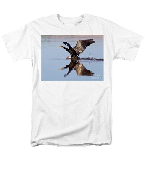 Darter Landing Men's T-Shirt  (Regular Fit) by Bill Robinson