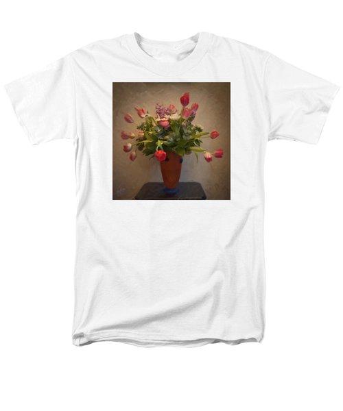 Dutch Flowers Blooming Men's T-Shirt  (Regular Fit)
