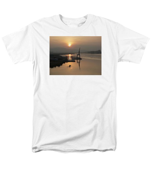 Men's T-Shirt  (Regular Fit) featuring the photograph Early Hour On The River by Lucinda Walter