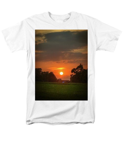 Evening Sun Over Picnic Men's T-Shirt  (Regular Fit) by Lenny Carter
