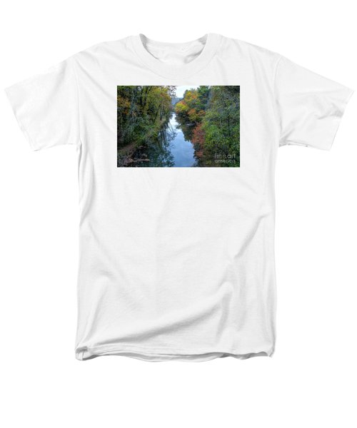 Fall Colors Along The Tallulah River Men's T-Shirt  (Regular Fit)