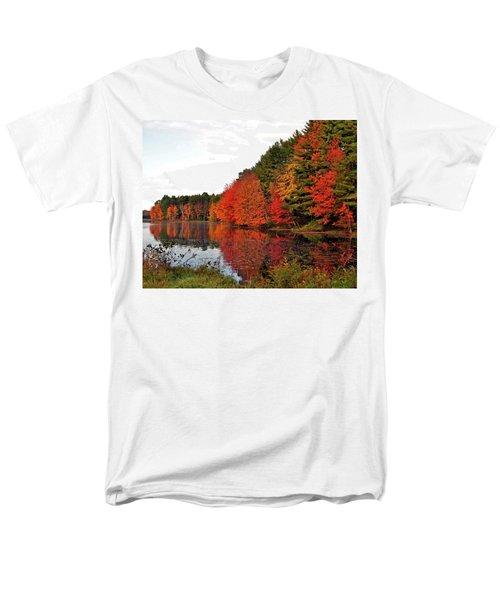 Fall Colors In Madbury Nh Men's T-Shirt  (Regular Fit) by Nancy Landry