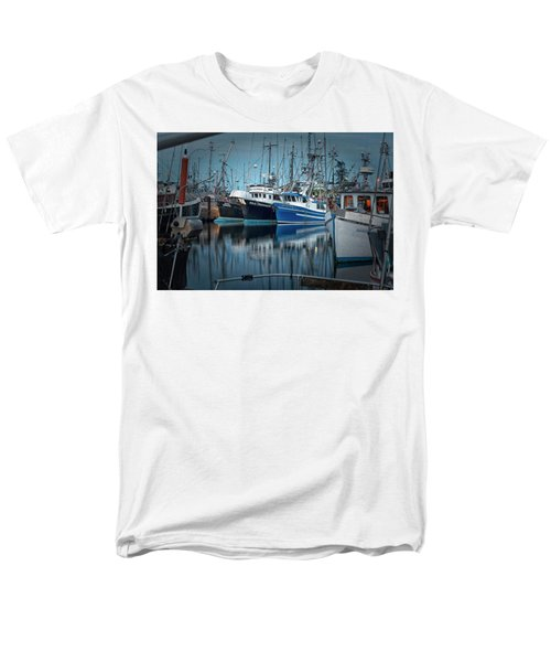 Men's T-Shirt  (Regular Fit) featuring the photograph Full House by Randy Hall