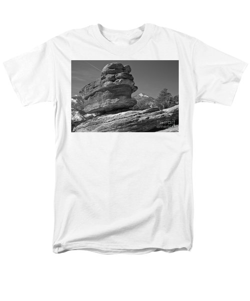 Men's T-Shirt  (Regular Fit) featuring the photograph Garden Of The Gods Balanced Rock Black And White by Adam Jewell