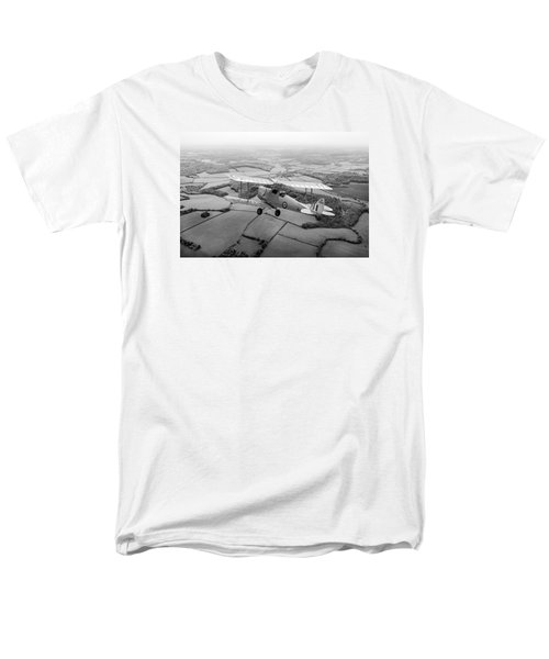 Men's T-Shirt  (Regular Fit) featuring the photograph Going Solo by Gary Eason