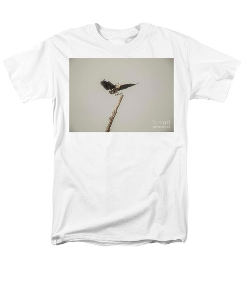 Men's T-Shirt  (Regular Fit) featuring the photograph Great Blue Heron Landing by David Bearden