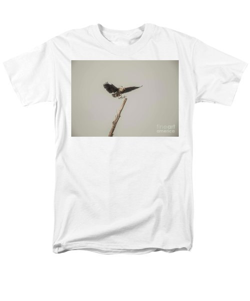 Men's T-Shirt  (Regular Fit) featuring the photograph Great Blue Landing by David Bearden
