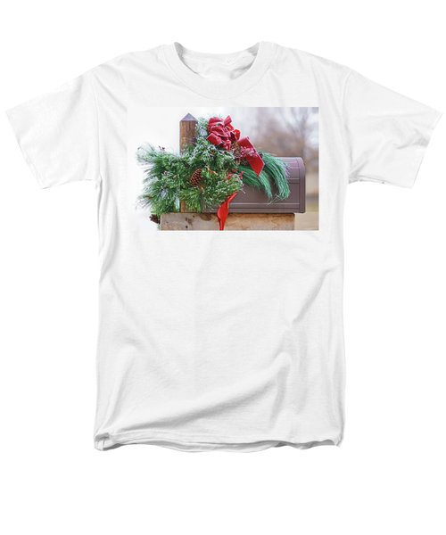 Men's T-Shirt  (Regular Fit) featuring the photograph Holiday Mail by Nikolyn McDonald