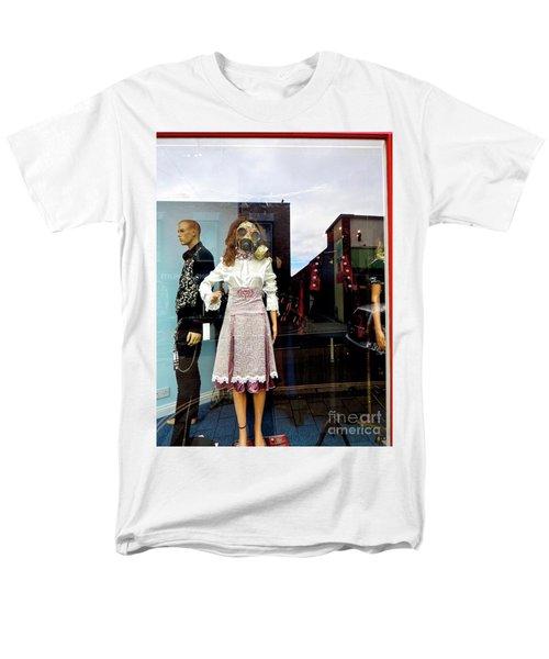 In The Window  Men's T-Shirt  (Regular Fit) by Gary Bridger