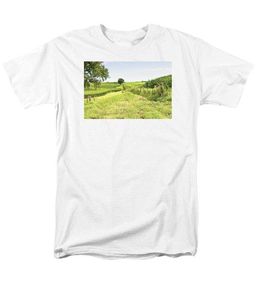 Iowa Corn Field Men's T-Shirt  (Regular Fit)